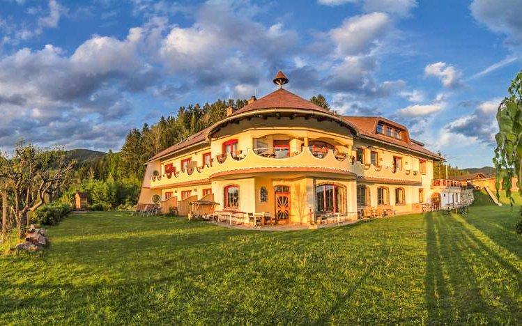 Korutany: ekologický hotel Biolandhaus Arche *** s polopenzí a wellness