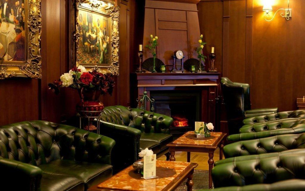 Piešťany: léčebný pobyt v Hotelu Sergijo **** s plnou penzí a procedurami