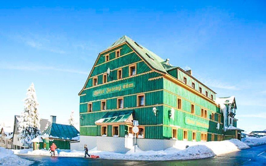 Krušné hory: pobyt ve 3* Hotelu Zelený Dům s polopenzí a slevou do aquaparku