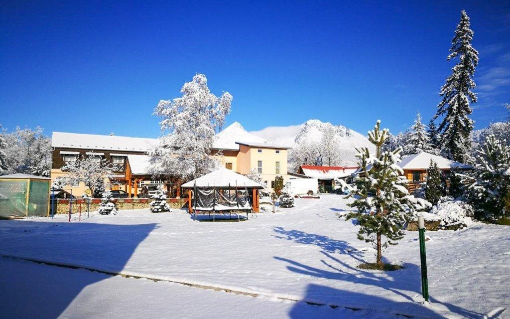 Vysoké Tatry: Monty Ranch na zimu s wellness a slevou do skiareálů