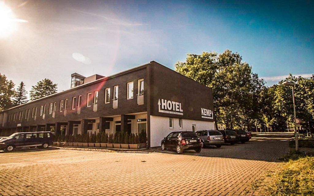 Sázava: Relaxace s polopenzí, saunou a posilovnou v Hotelu Sázavský ostrov