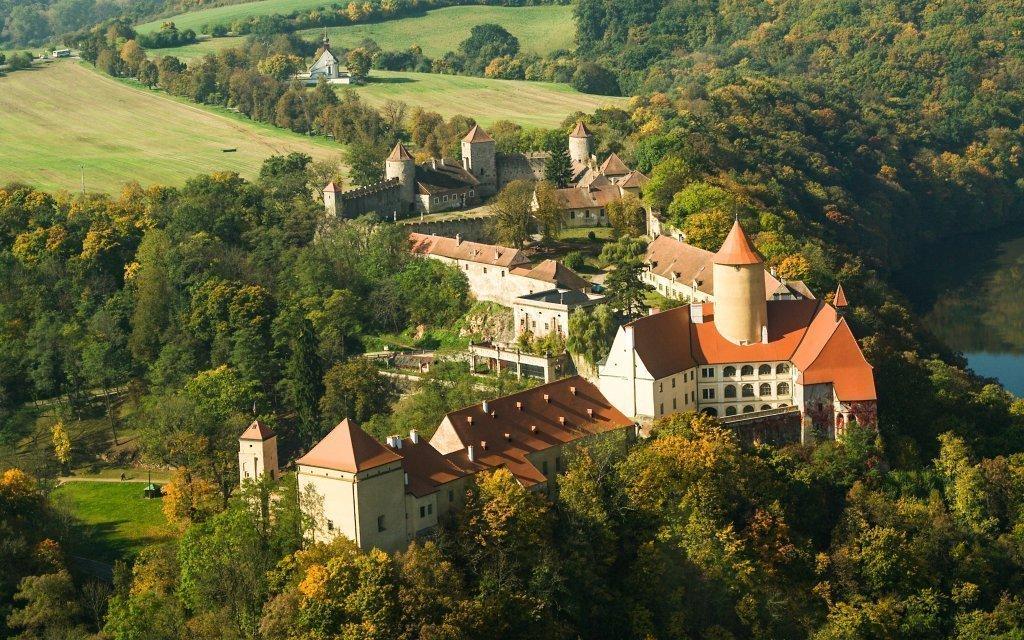 Hotel Veveří nedaleko Brna s polopenzí, posilovnou a fitness trenérem