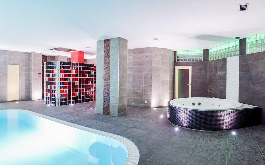 Brno v Hotelu Fontána *** u přehrady s wellness a rozšířenou polopenzí