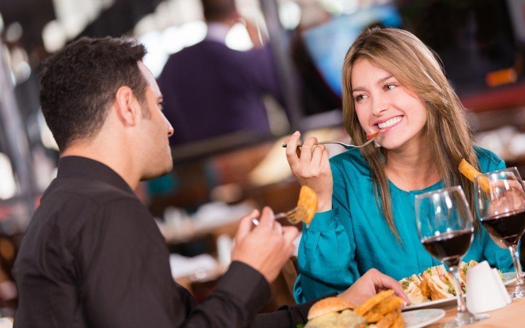 Třeboň se snídaní, romantickou večeří a masáží v Hotelu Myslivna ***