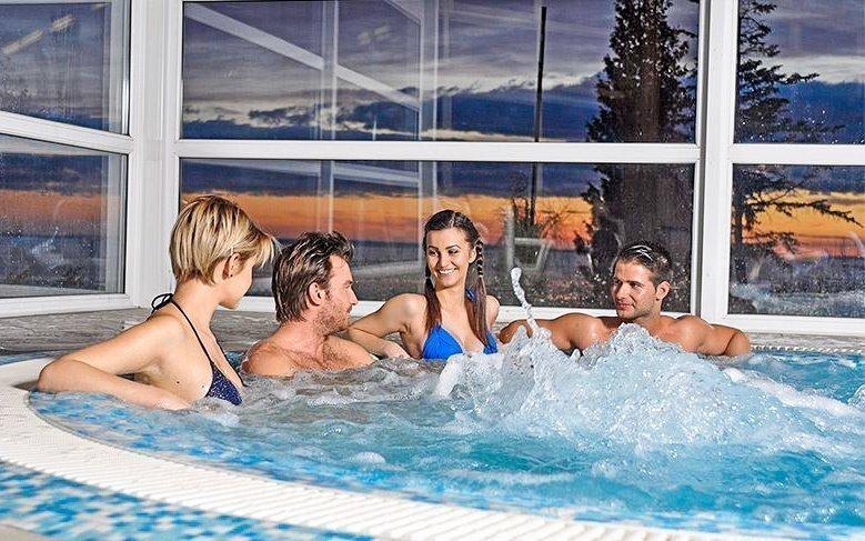 Balaton v Hotelu Marina-Port **** s wellness a polopenzí + 2 děti zdarma