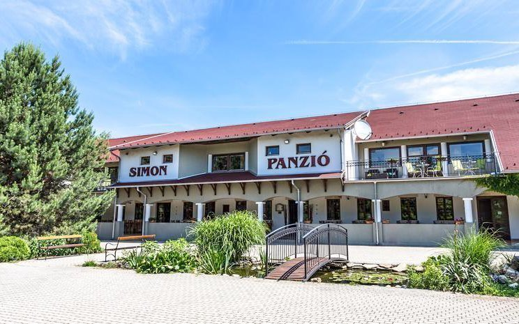 Maďarský relaxační pobyt v Penzionu Simon se vstupem do termálů, saunou a vínem