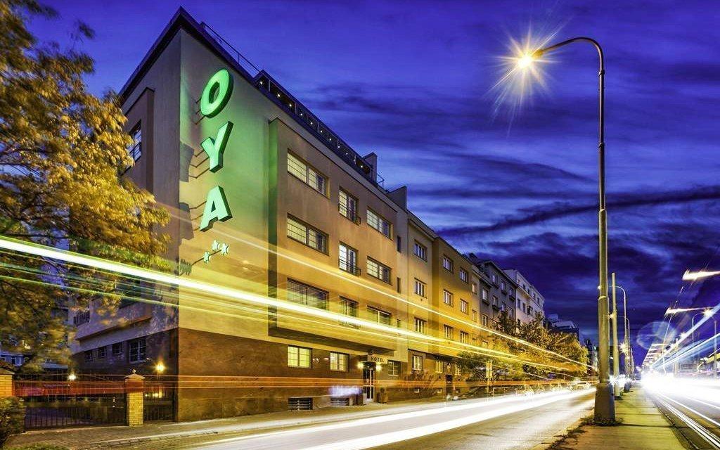 Praha v elegantním Hotelu Oya *** se snídaněmi - 5 minut od Václavského náměstí