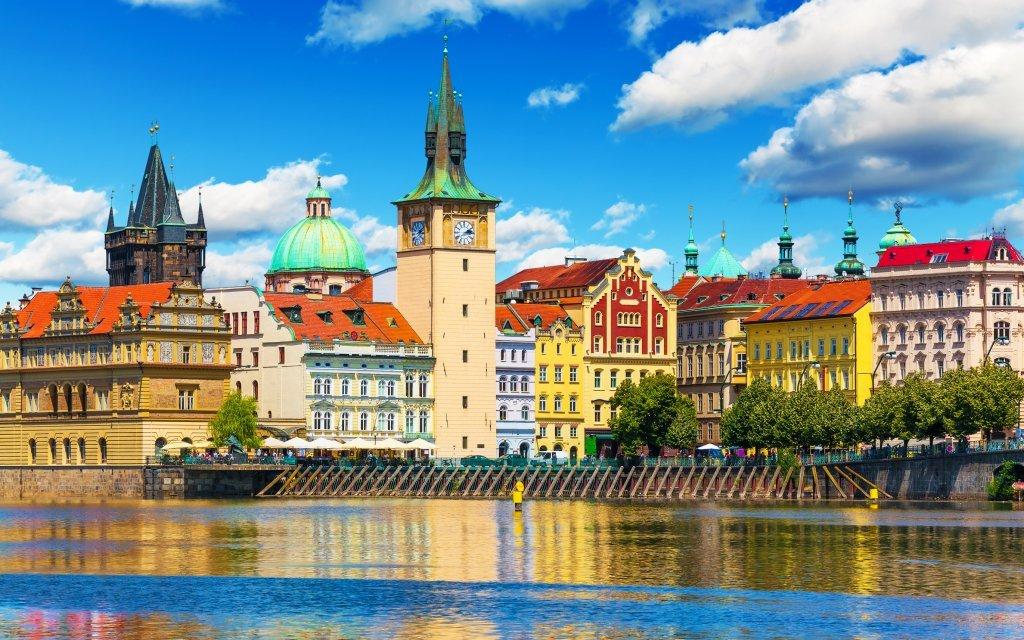 Praha: Výhodný pobyt se snídaní v Hotelu Otar *** 250 m od zastávky metra