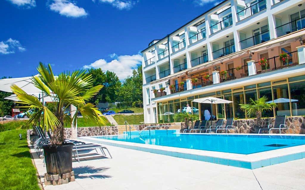 Miskolc: Calimbra Wellness Hotel **** s wellness a polopenzí + saunové seance