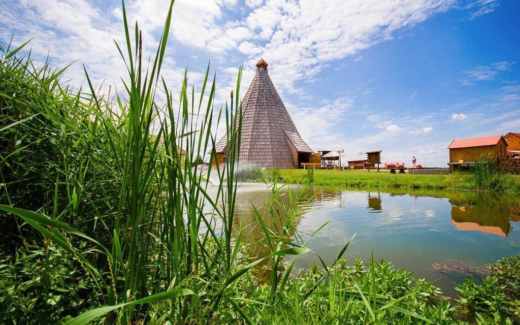Střední Čechy v Penzionu Vigvam v resortu s polopenzí, wellness a degustací