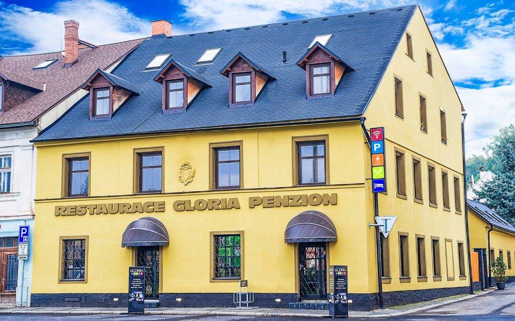 Liberecko v moderních apartmánech Penzionu Gloria v Chrastavě až pro 4 osoby