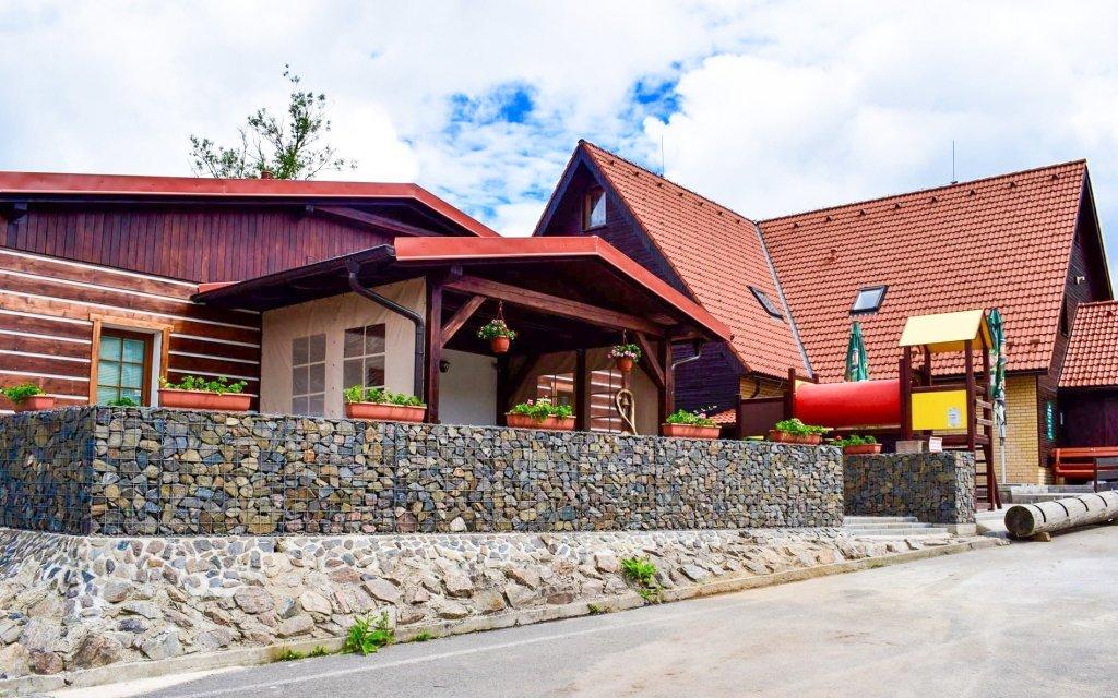 Orlické hory v Chatě pod Sjezdovkou s polopenzí a wellness + dítě zdarma