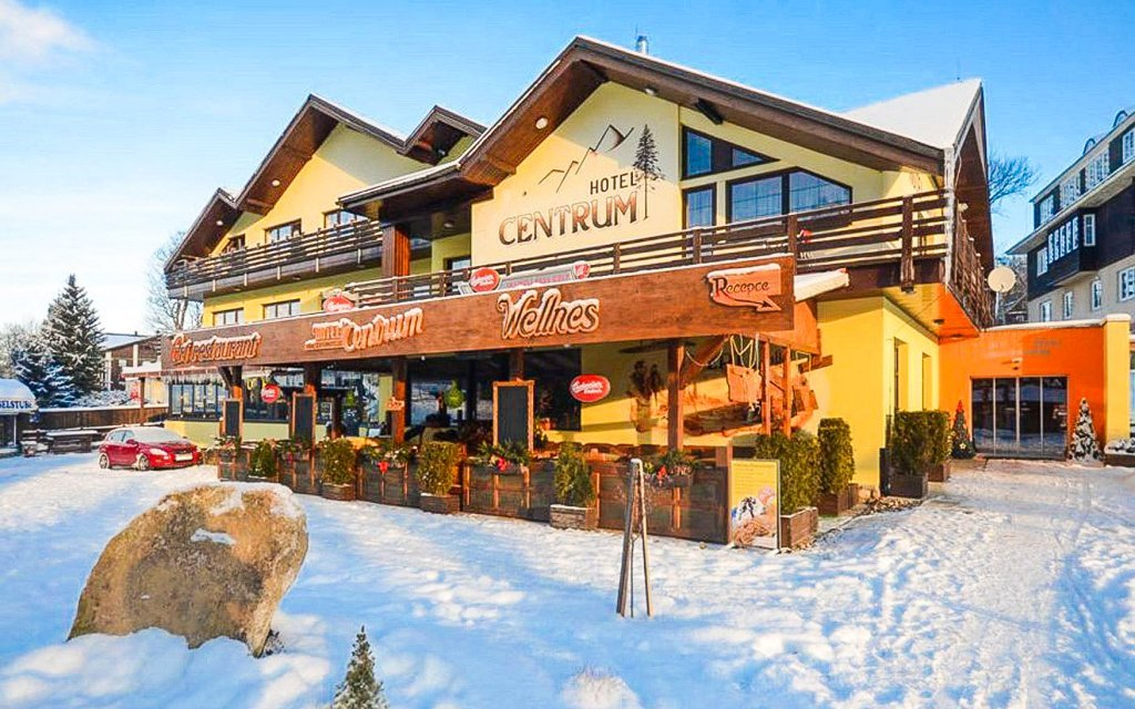 Krkonoše u ski areálu v Hotelu Centrum Harrachov *** s polopenzí a procedurami