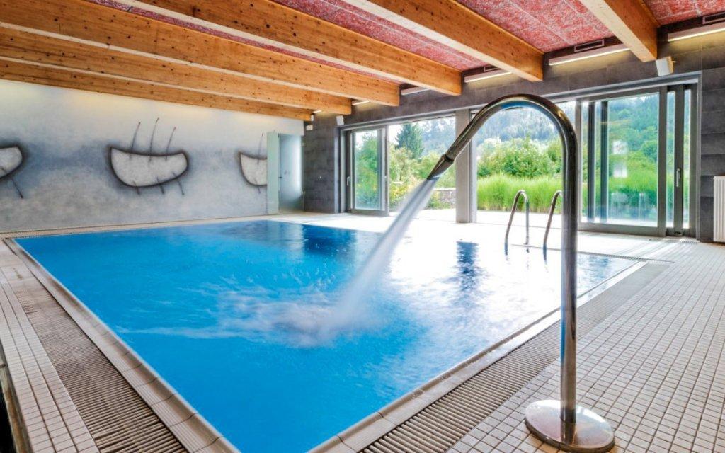 Moravský kras v hotelu U Tří volů *** s polopenzí a bazénem + dítě zdarma