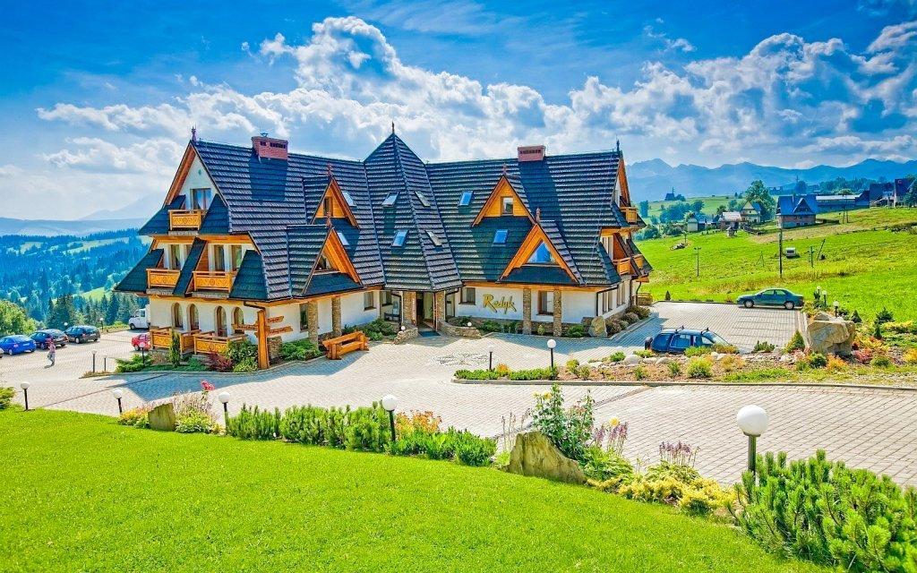 Polské Tatry v oceněném hotelu Redyk Ski&Relax *** s wellness a polopenzí
