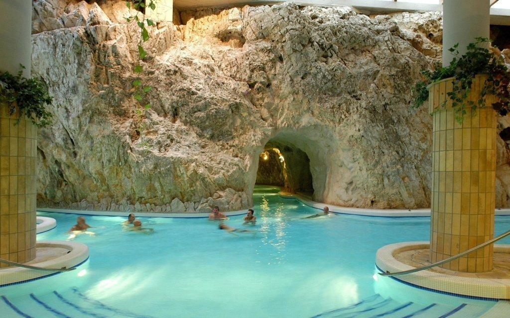 Miskolc Tapolca se vstupem do jeskynních lázní a wellness v Hotelu Fortuna ***