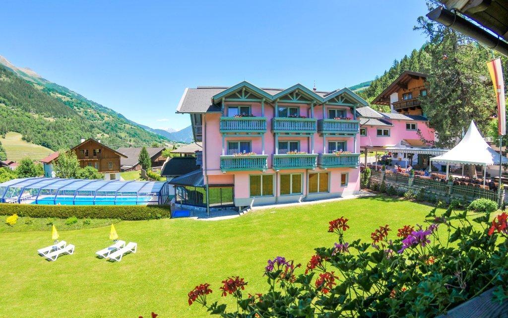 Rakouské Alpy v hotelu Margarethenbad **** s polopenzí, bazénem a saunami