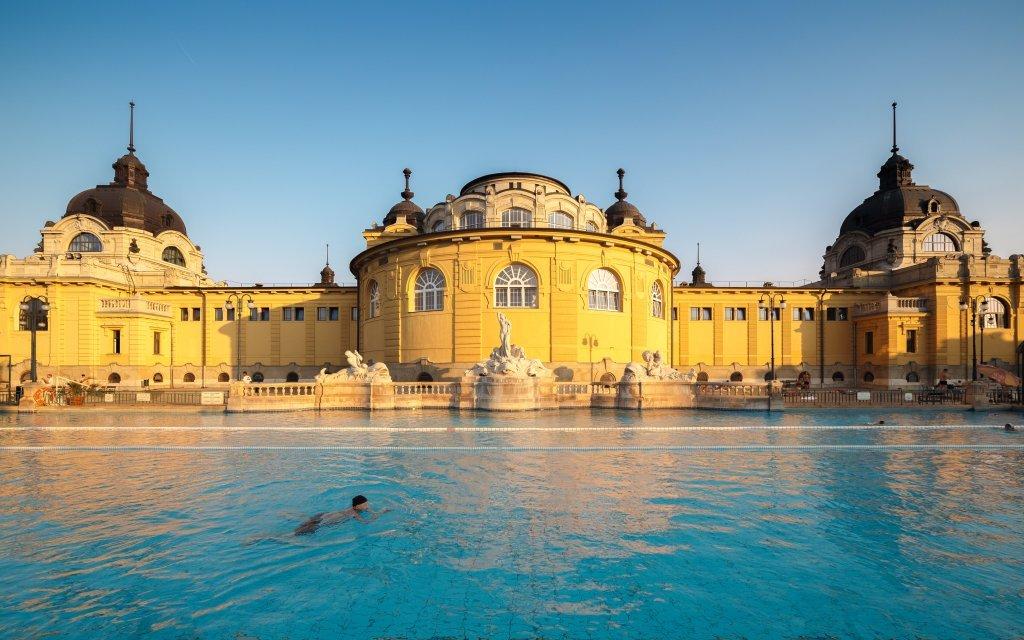 Budapešť luxusně v hotelu Park Inn **** se vstupem do lázní Szechenyi