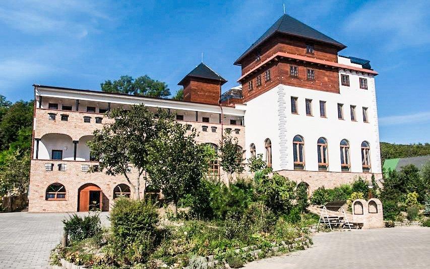 Jižní Morava s wellness, vínem i sportovními aktivitami v Hotelu Kurdějov ***