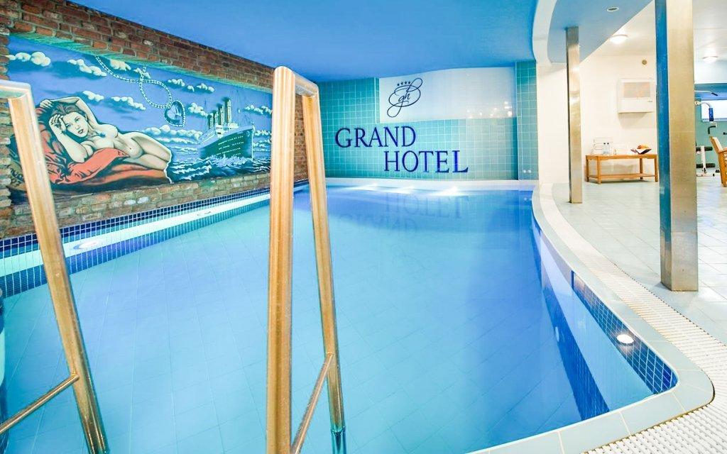 Třebíč v Grand Hotelu **** s polopenzí a neomezeným vstupem do bazénu