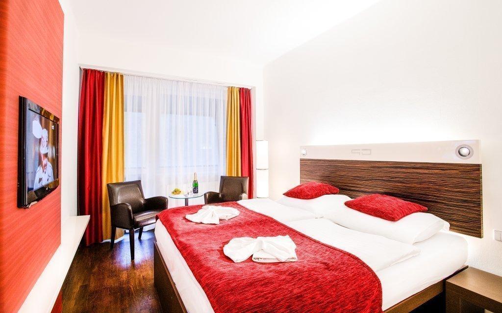 Karlovy Vary: Dámská jízda v Hotelu Green Paradise **** s polopenzí a wellness