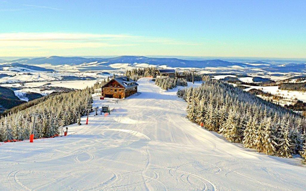 Orlické hory: Sport hotel Dolní Morava *** s polopenzí, wellness a u ski areálů
