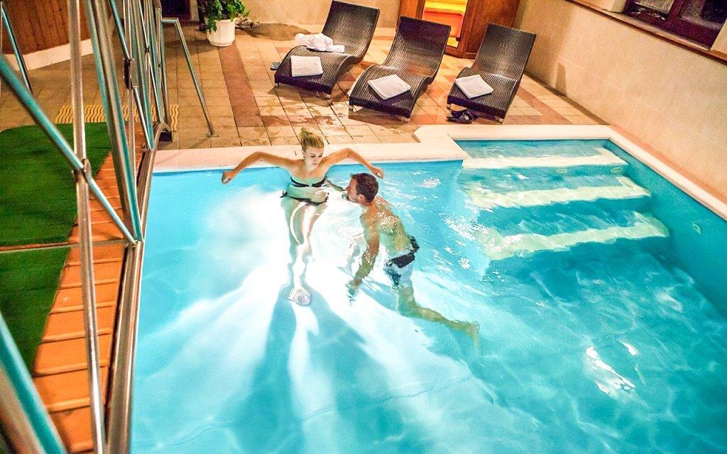 Slovensko: Kremnica v Hotelu GOLFER *** s polopenzí a bazénem + dítě zdarma