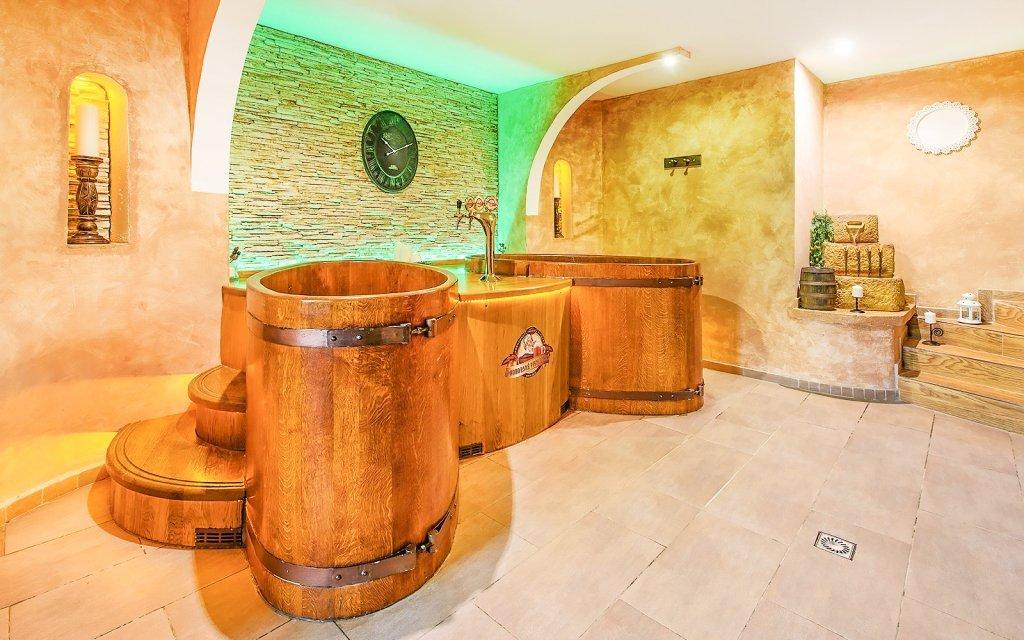 Beskydy s wellness, polopenzí a balíčkem slev v Hotelu Beskyd ****