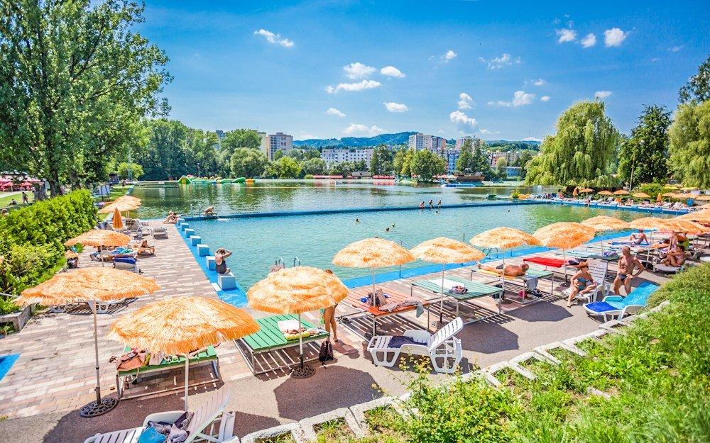 Banská Bystrica: Hotel Dixon **** s polopenzí, Aqualandem, wellness i bowlingem
