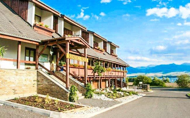 Liptov s polopenzí a vstupem do wellness v hotelu Rendez-Vous *** u Tatralandie