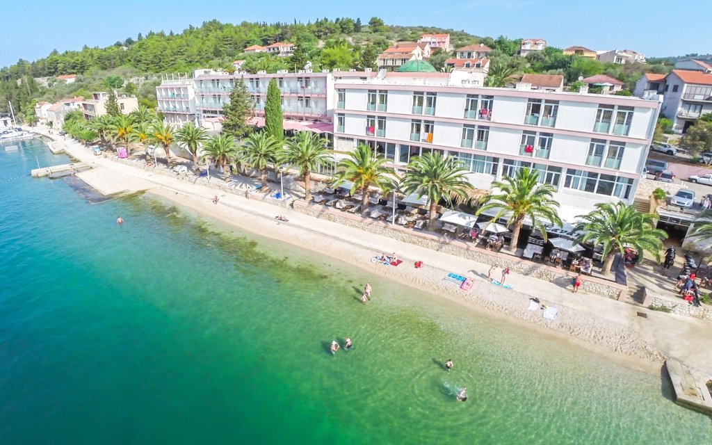 Chorvatsko pro rodiny v Hotelu Posejdon*** přímo na pláži + all inclusive light
