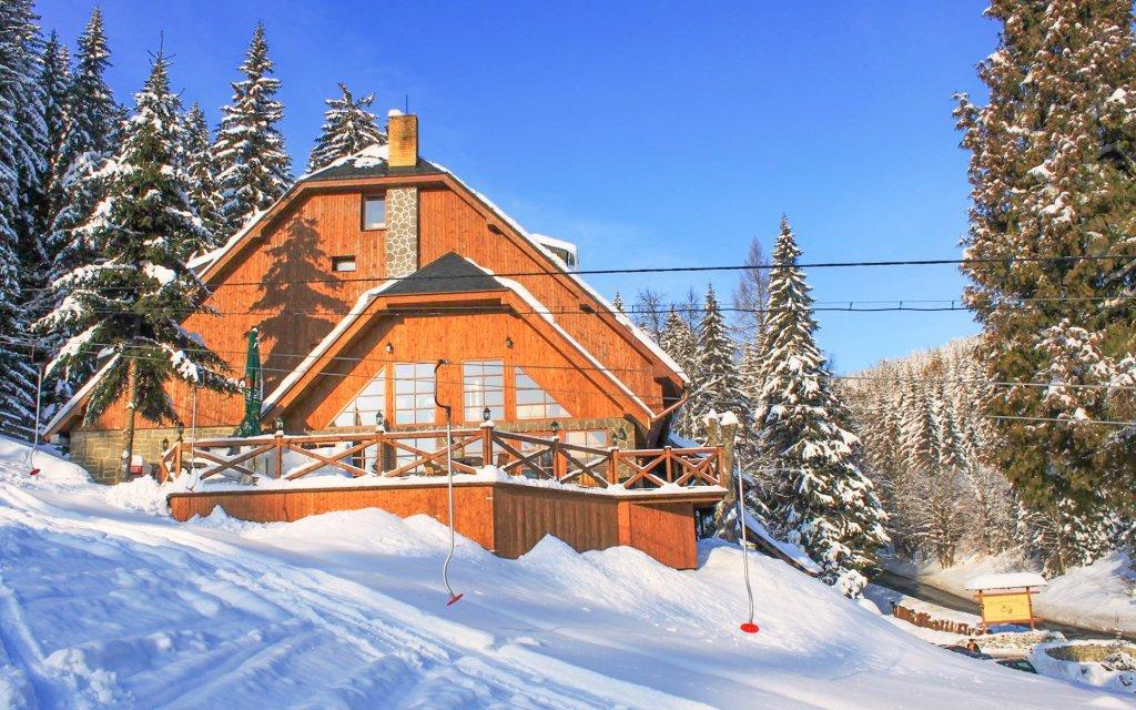 Jeseníky: Horský hotel Vidly **** s polopenzí a saunou v blízkosti ski areálů