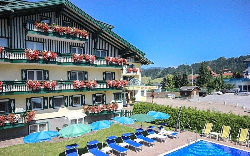 Rakouské Alpy v Hotelu Unterberghof **** s polopenzí a bazénem + děti zdarma