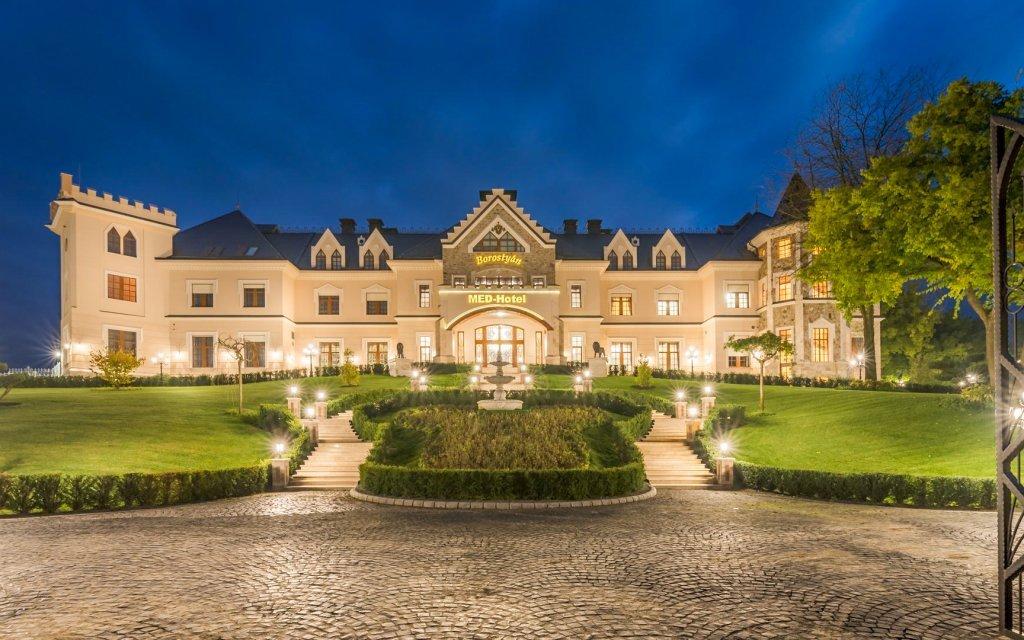 Maďarsko: Borostyán Med Hotel **** s plnou penzí a luxusním neomezeným wellness