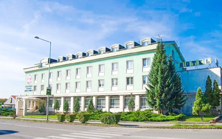 Slovenský kras v Hotelu Kras *** s polopenzí a kávou + děti do 10 let zdarma