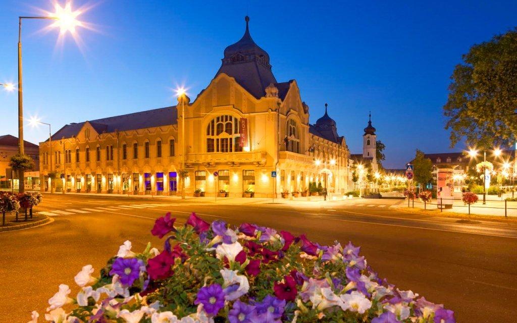 Relaxační pobyt v Hotelu Queen Elizabeth *** u Budapešti s neomezeným wellness