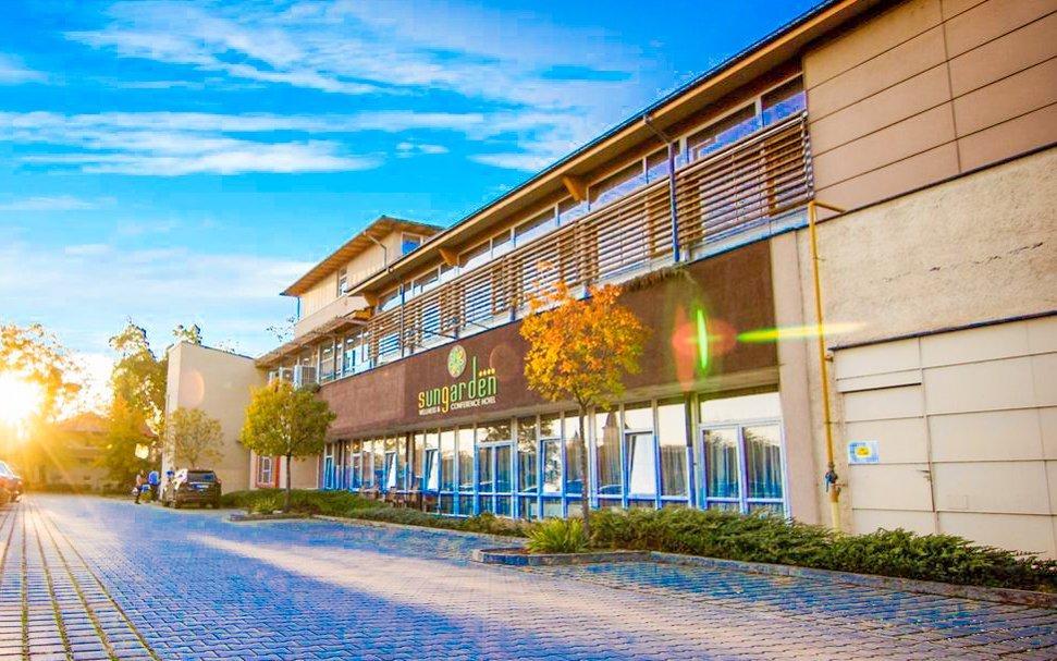 Balaton: SunGarden Wellness Hotel **** s neomezeným wellness a polopenzí