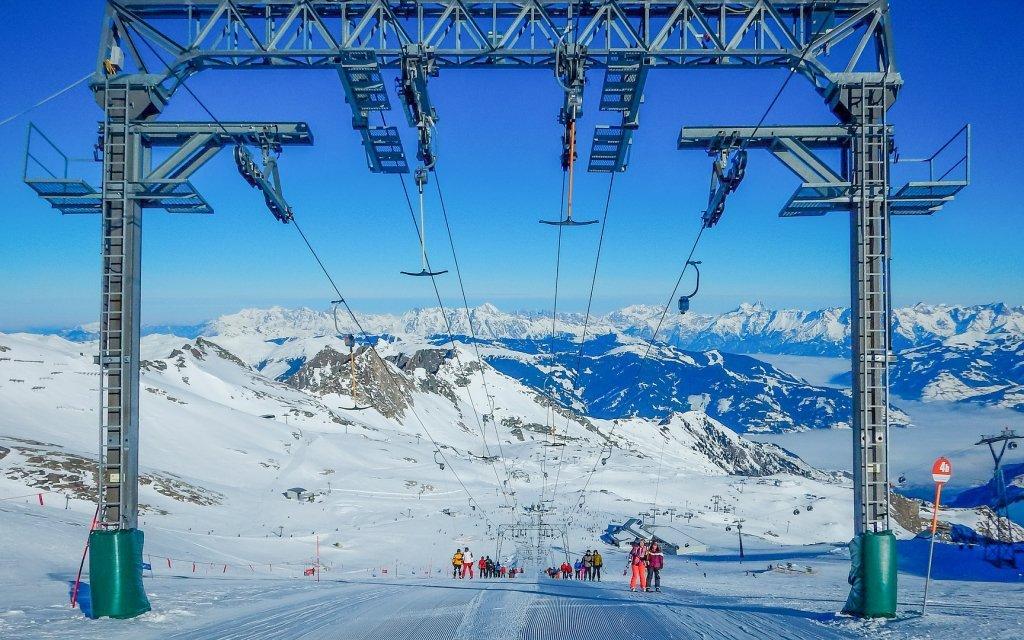Rakousko v Hotelu Kaprun s polopenzí a saunou jen 900 m od lanovky na ledovec