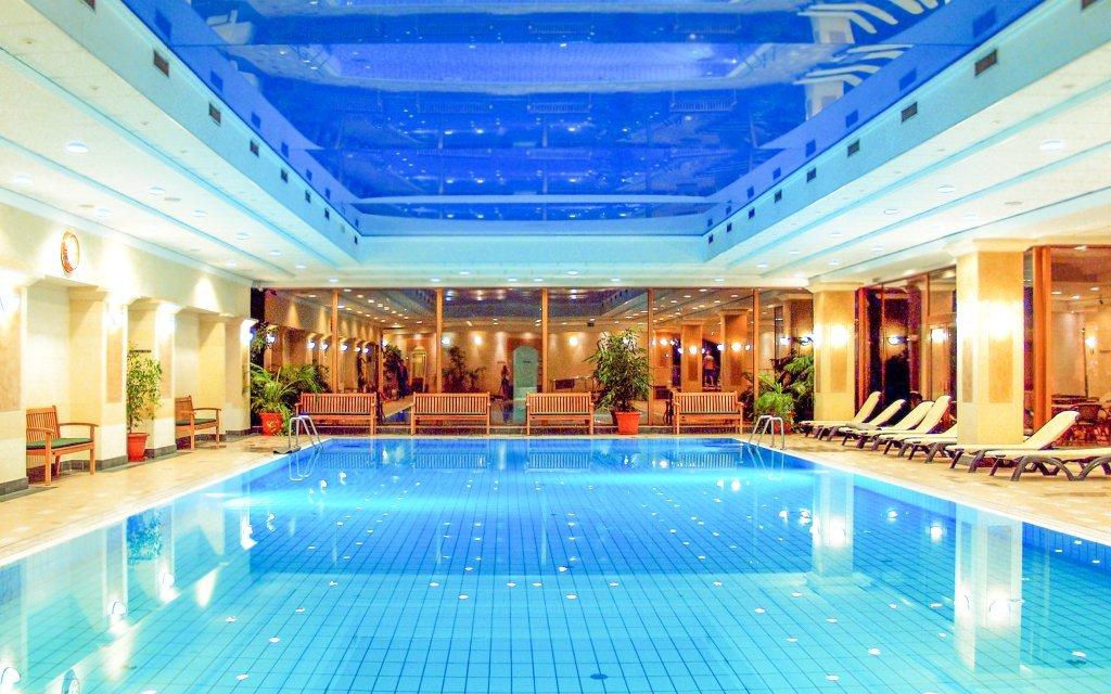 Budapešť: Danubius Health Spa Resortu Margitsziget **** s termálním wellness