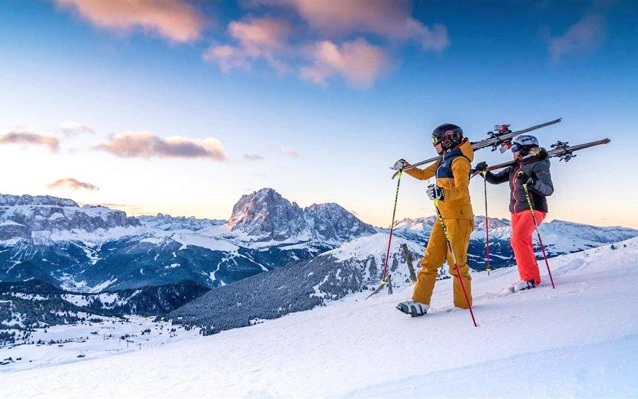 Lyžování v Dolomitech: Hotel Liberty Malé *** s polopenzí, skibusem a wellness